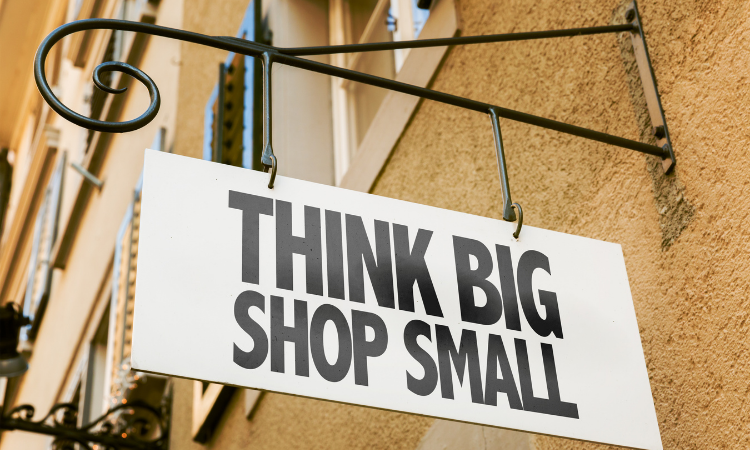 Support Small Businesses on social media